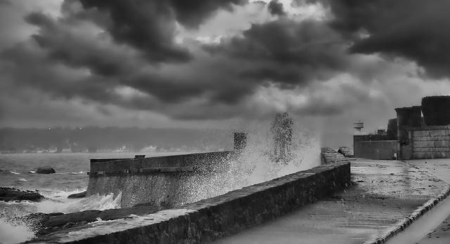 La tempête.....oubliée sur la corniche!