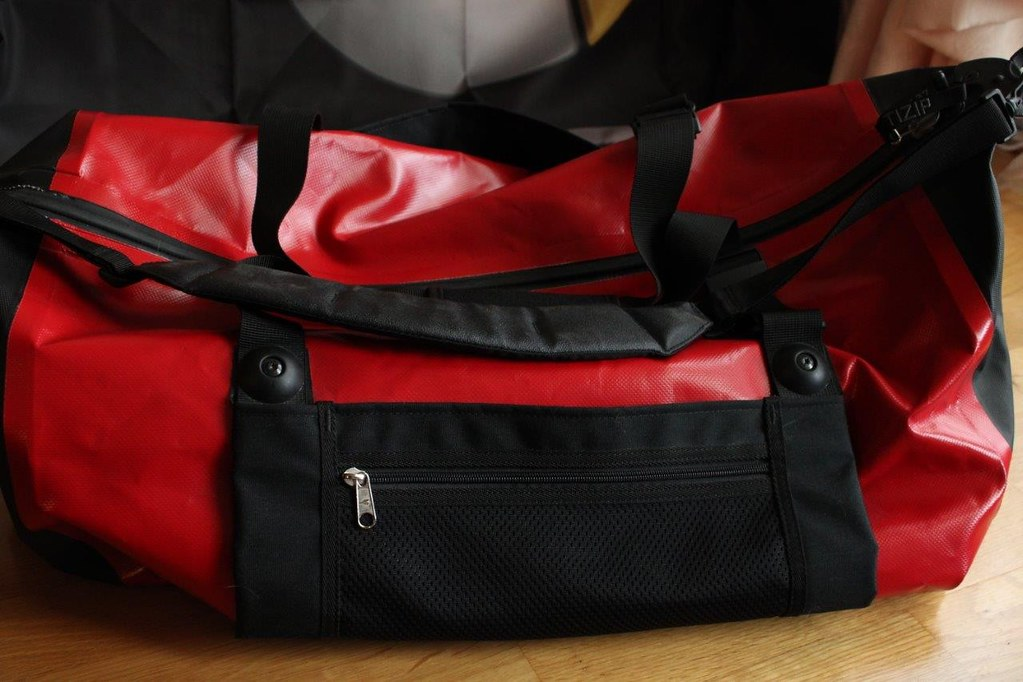 Genuine smart Crossblade Voyager bag from the smartware collection of 2006