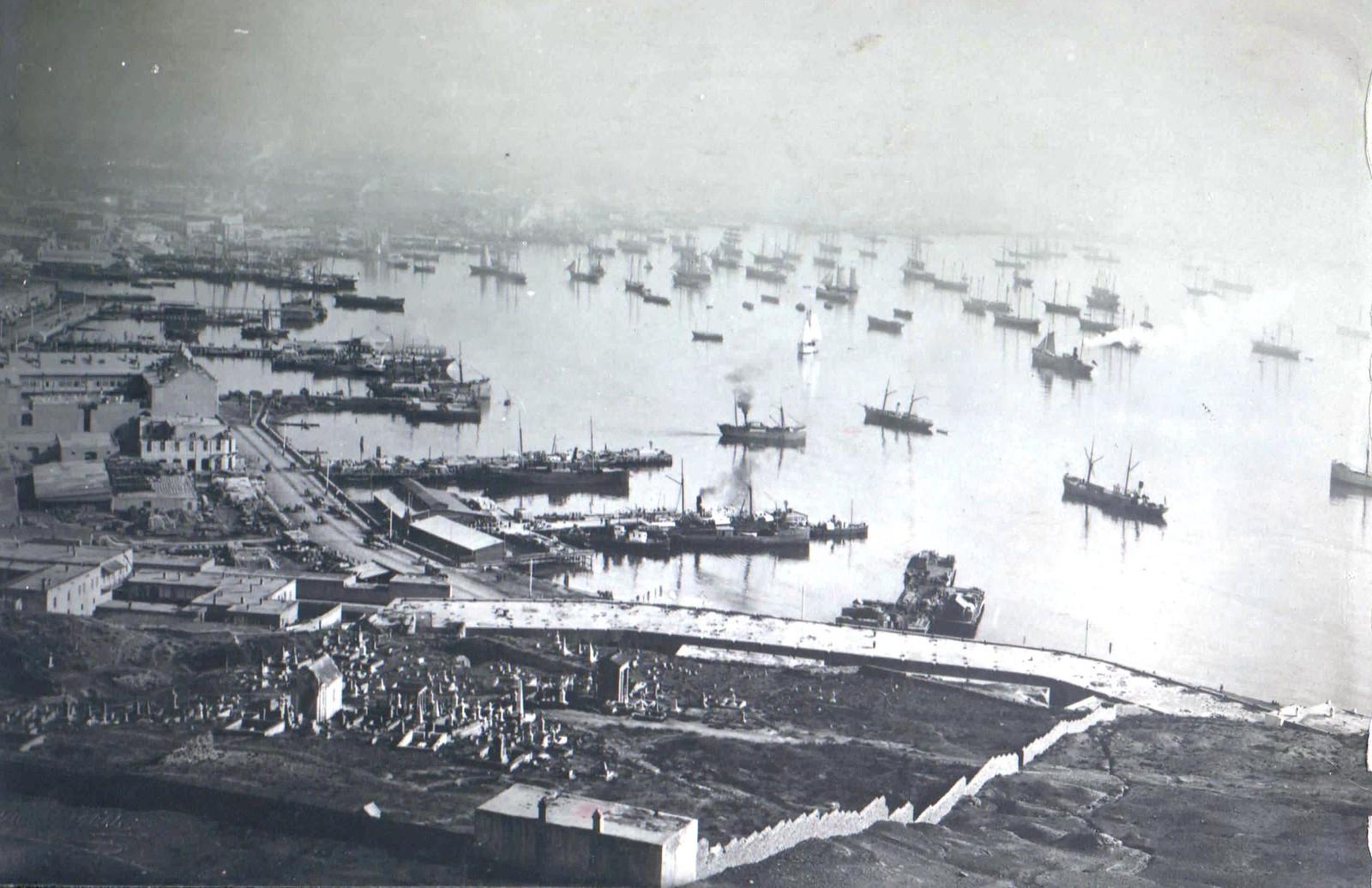 224. Баку. Вид на гавань