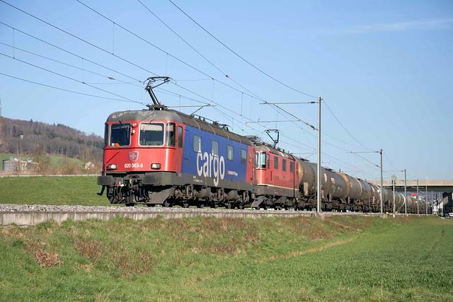 SBB Re 10/10 620 063 + 420 249 Itingen