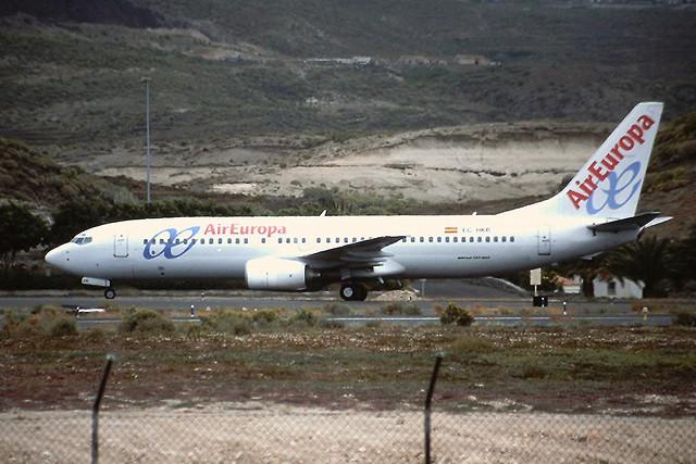 EC-HKR B737-800 Air Europa Tenerife Sur 18-04-2003