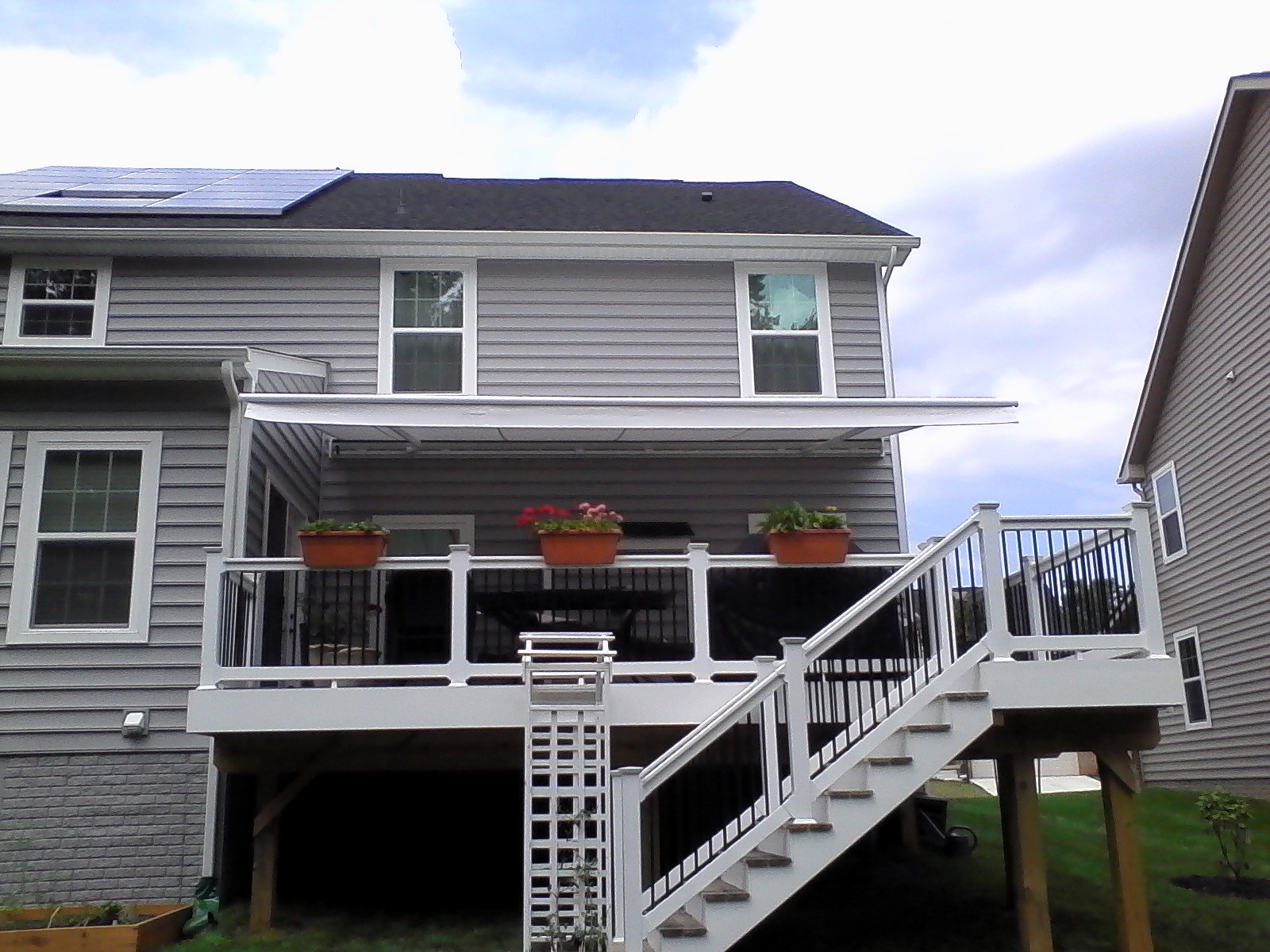 No Valance-deck-retractable-awning-baltimore