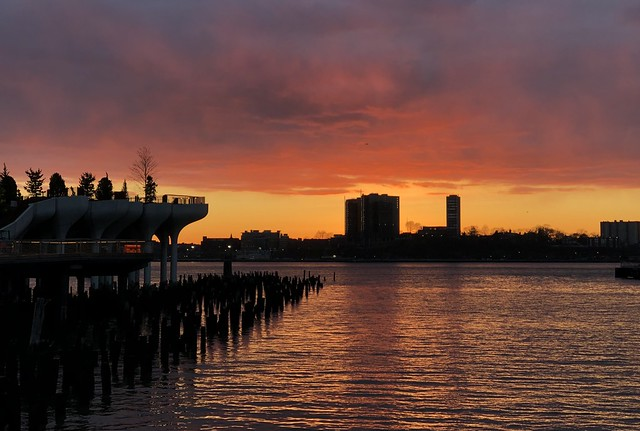 Sunset Colors (fiery) - Hudson River Park, New York City