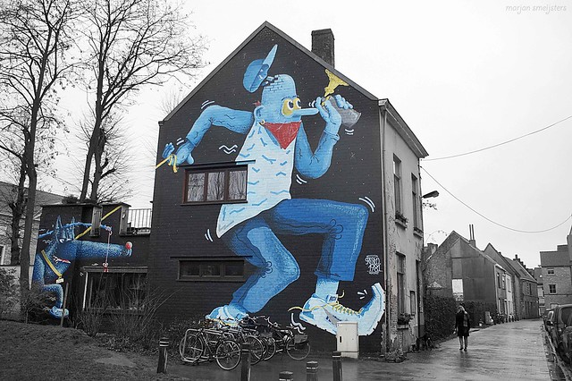'Walking the dog' (Resto), Street Art Ghent, Belgium