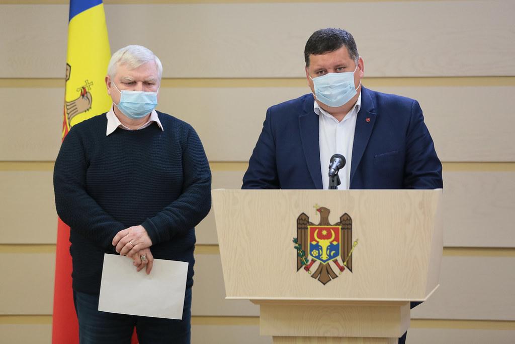 14.04.2021 Briefing de presă al deputaților Fracțiunii PSRM, Petru Burduja și Oleg Lipschii