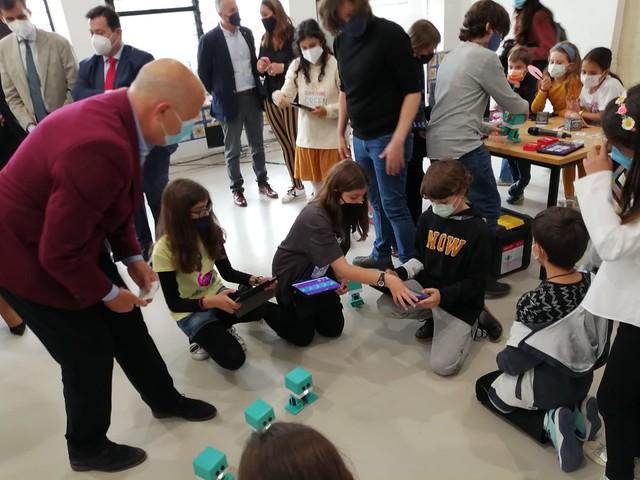 Acto de firma del convenio DigiCraft y la Junta de Andalucía
