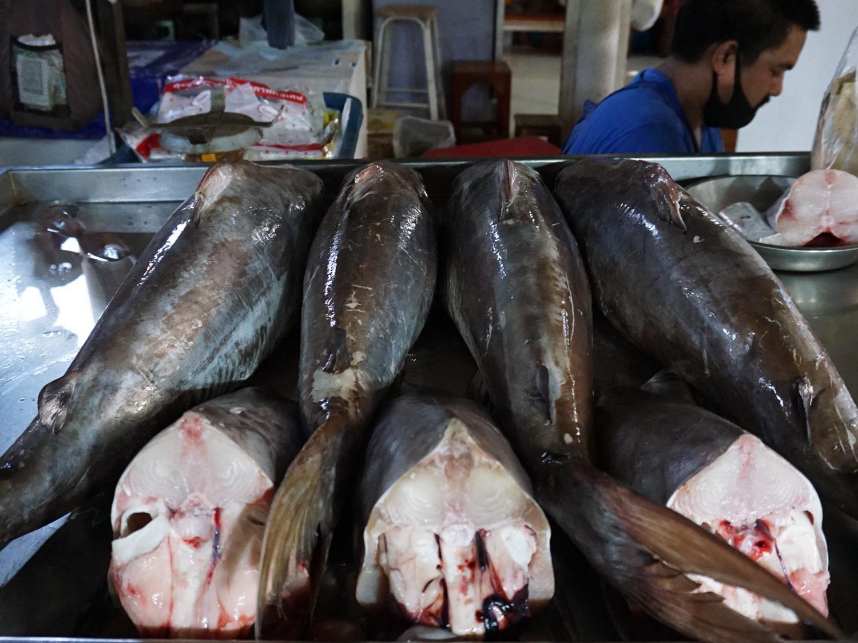 Maeklong Railway Market seafood