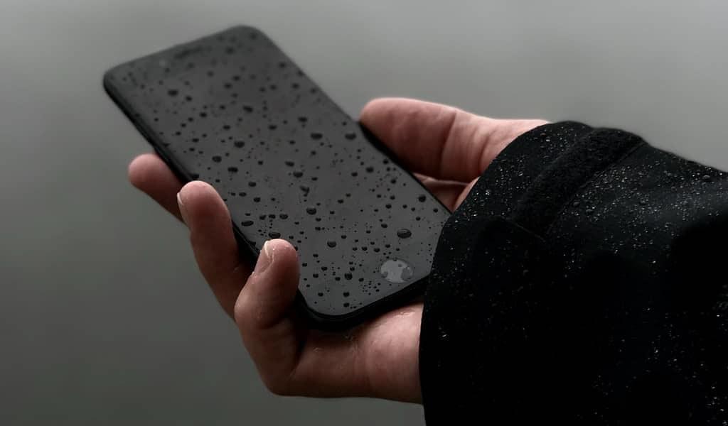 La vibration d'un smartphone indique si l'eau est salubre