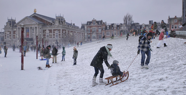 Museumplein slope even provides great family fun during  snowstorm Darcy