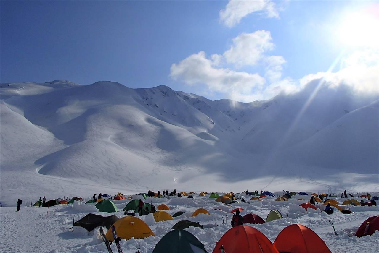 GWの立山 雪の雷鳥沢テント場