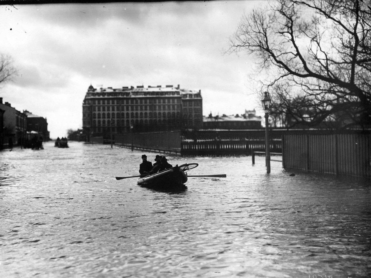 1903. Наводнение. Большой проспект Васильевского острова. 12 октября