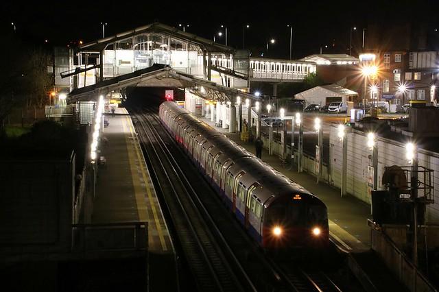 Late Night @ Hillingdon Station