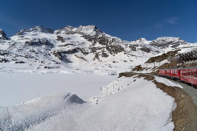 1700 metres: Bernina Ospizio 2252 metres (3/3)