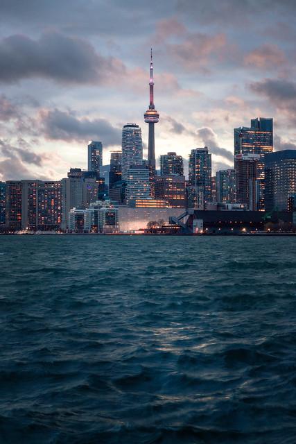 Skyline Drama, Toronto
