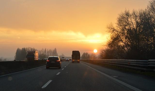 Tramonto in autostrada, attraversando il Polesine nei pressi di Occhiobello (Rovigo), Explore Apr 15, 2021 #277