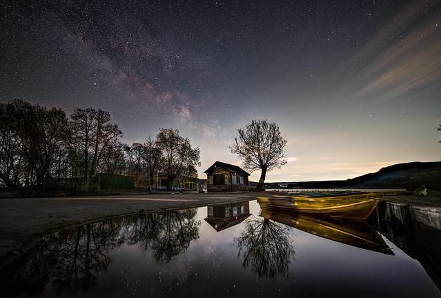 Llangorse Lake under the stars
