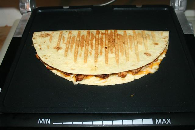 36 -  Turkey Fajita Quesadilla - grilled / gegrillt