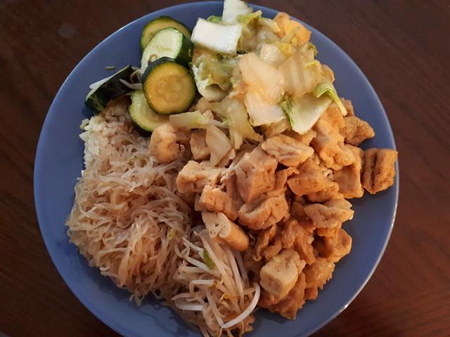 Veggies, Tofu, Noodles, Rice (Vegan)