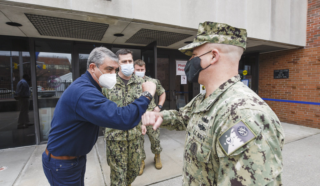 MCPON Visits Sailors Supporting Community Vaccination Center   210324-N-YG104-0044