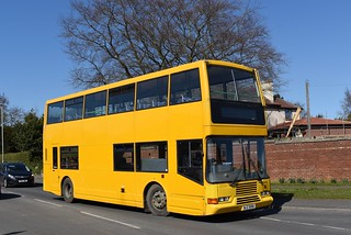 Griersons Coaches: NJZ9086