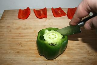 10 - Decore bell pepper / Paprika entkernen