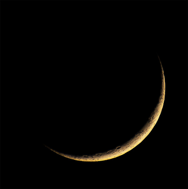 Moon 2021-04-14