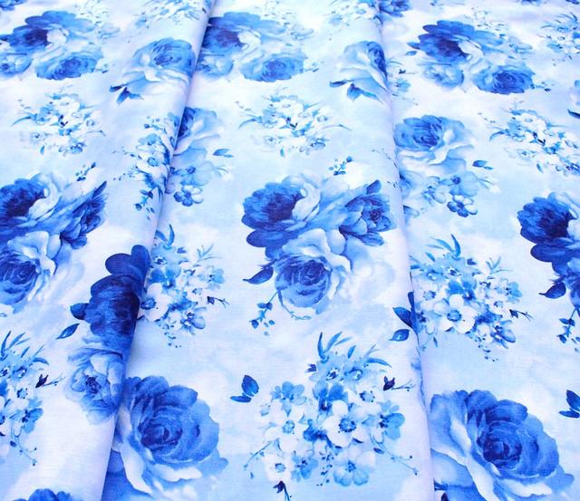 Timeless Treasures Bluebird C8448-SKY Medium Flowers Sky Blue