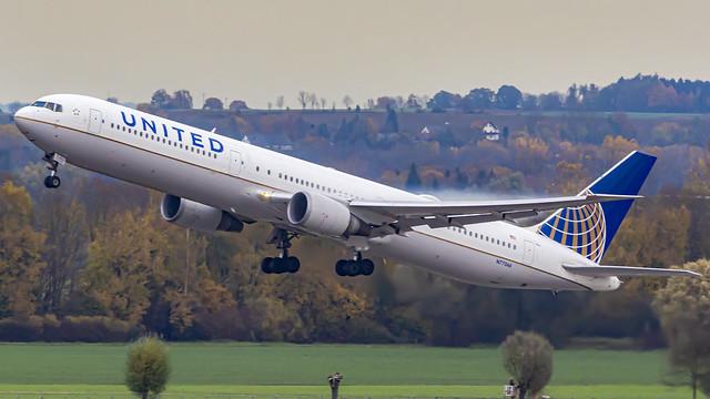 United Airlines Boeing B767-400(ER) N77066 Munich (MUC/EDDM)