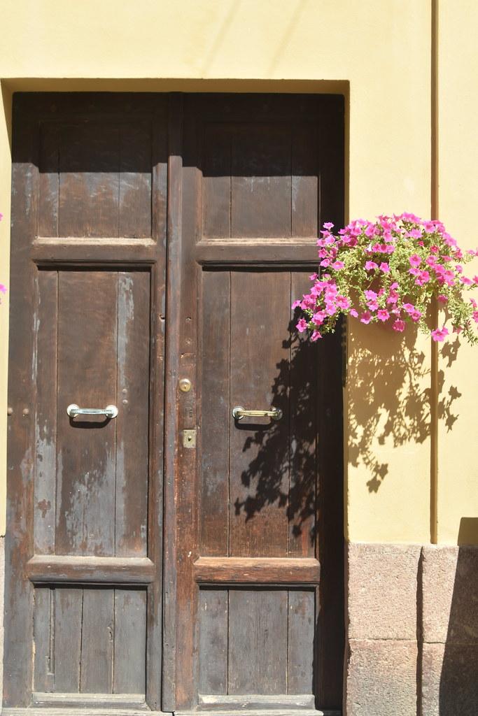 door with flowers