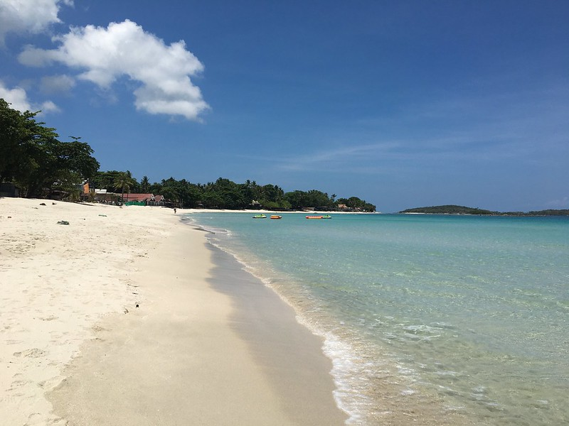 chaweng beach チャウエンビーチ サムイ島