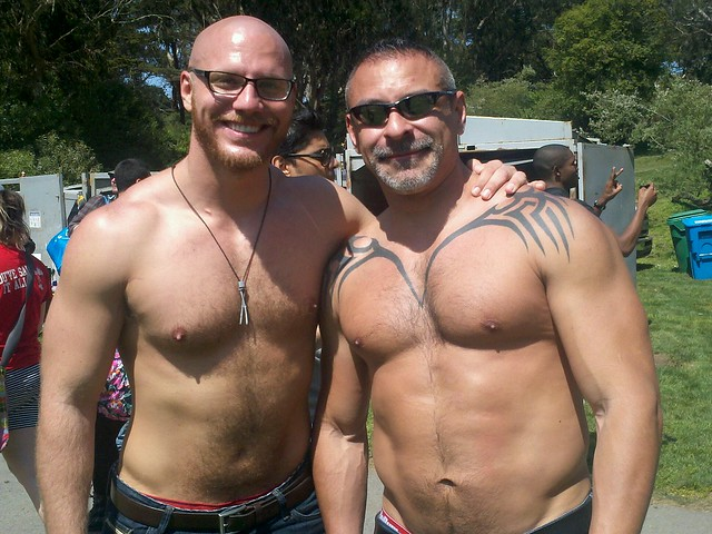 HUNK # 81  of the 101 HUNKS at the previous HUNKY 'J' CONTESTS  !  HUNK # 81 !  ( safe photo )
