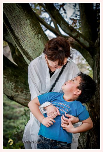 ママと息子くん(小1) ファミリーフォトのロケーション撮影
