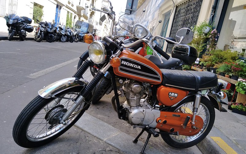 Honda CB125/S Candy Topaz orange 51117939181_6d17c4dea1_c