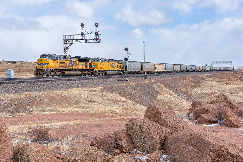 Grain Train at Tie Siding