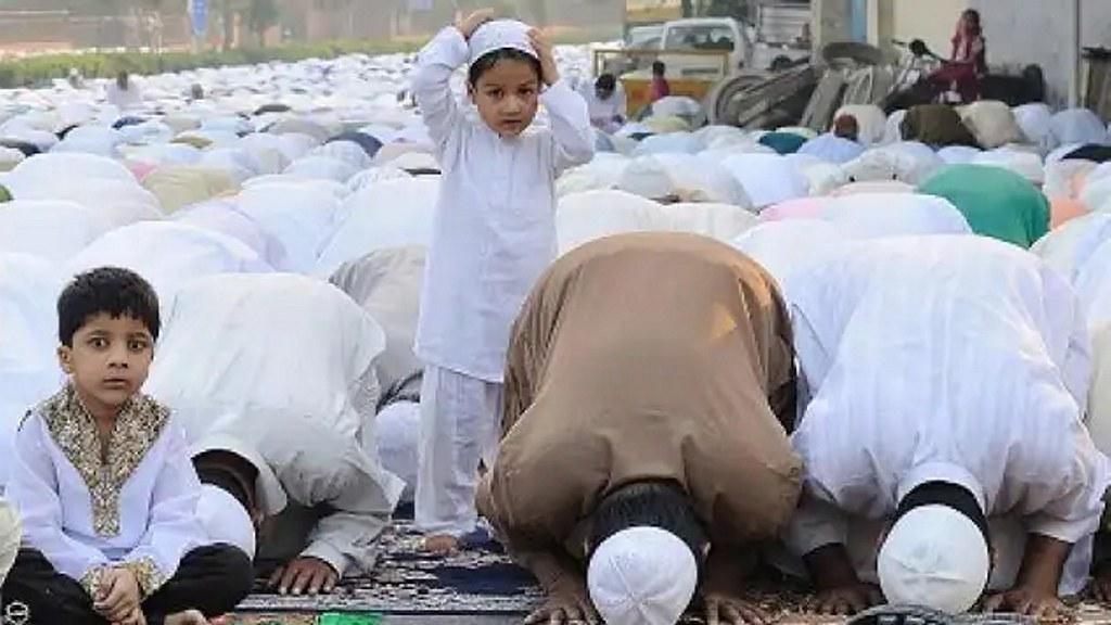 दिल्ली हाईकोर्ट ने 50 लोगों को दी निजामुद्दीन मरकज मस्जिद में नमाज अदा करने की इजाजत
