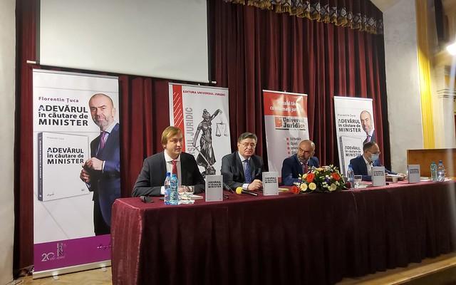 Drepturile omului – produsele de lux ale modernității – Botoșani, 15 aprilie. Florentin Țuca și prietenii din Universul Juridic