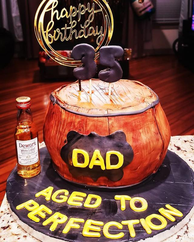 Cake by Mouni's Bakehouse