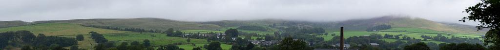 Dank Pendle Hill panorama