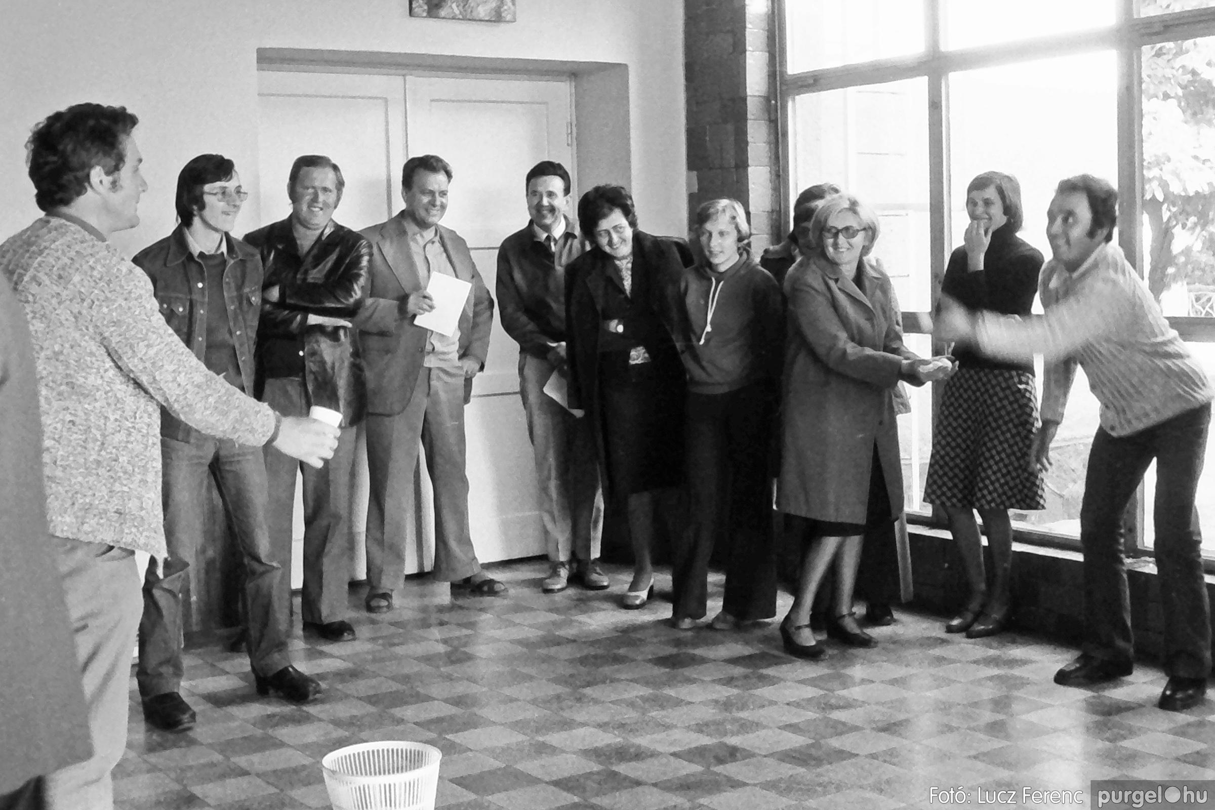 090. 1977. Puskin TSZ szocialista brigád vetélkedője 004. - Fotó: Lucz Ferenc.jpg