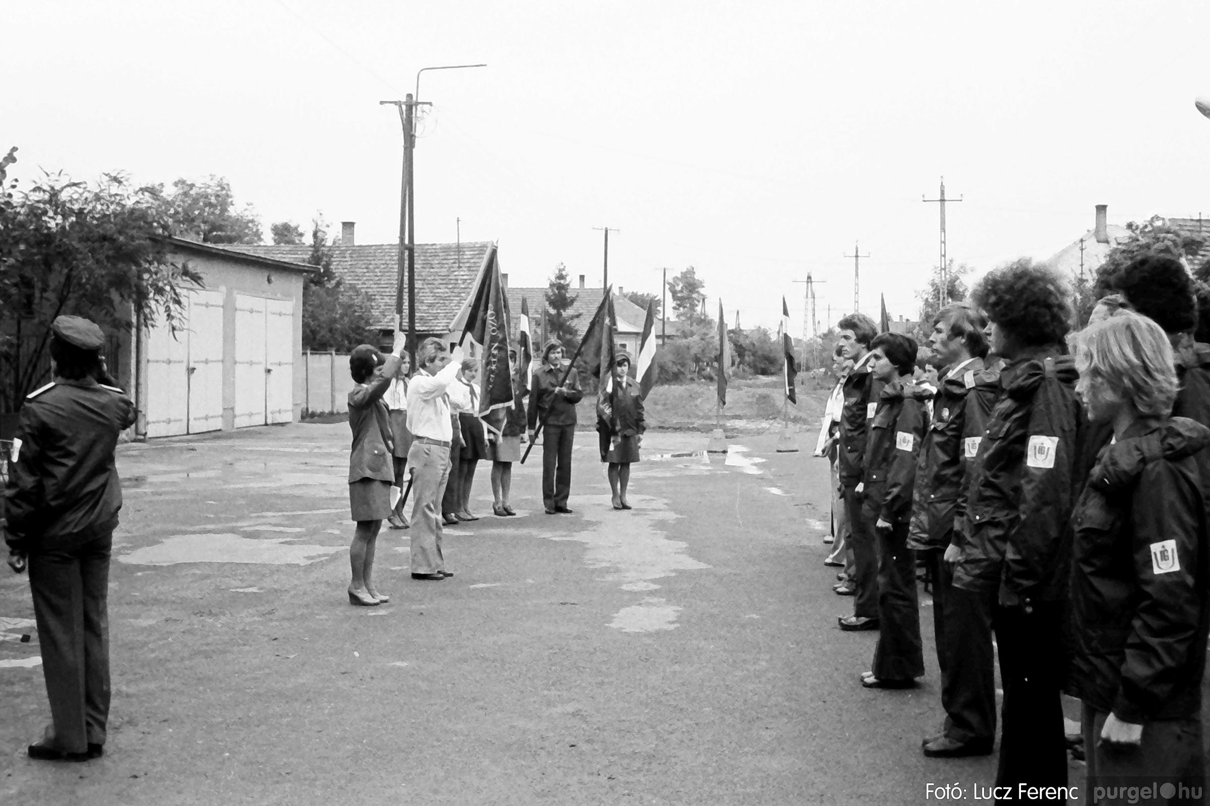 090. 1977. Úttörő gárda - ifjú gárda seregszemle 017. - Fotó: Lucz Ferenc.jpg