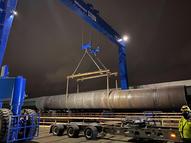 SR 520 bridge foundation casing - April 8, 2021