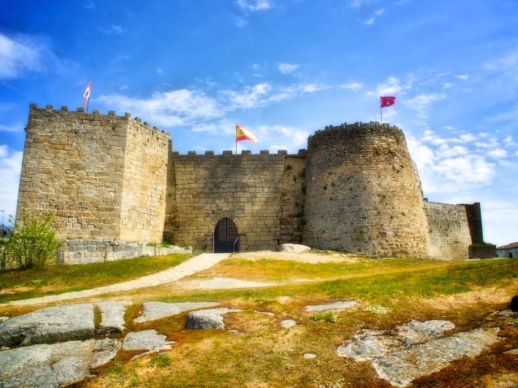 Castillo de Ledesma