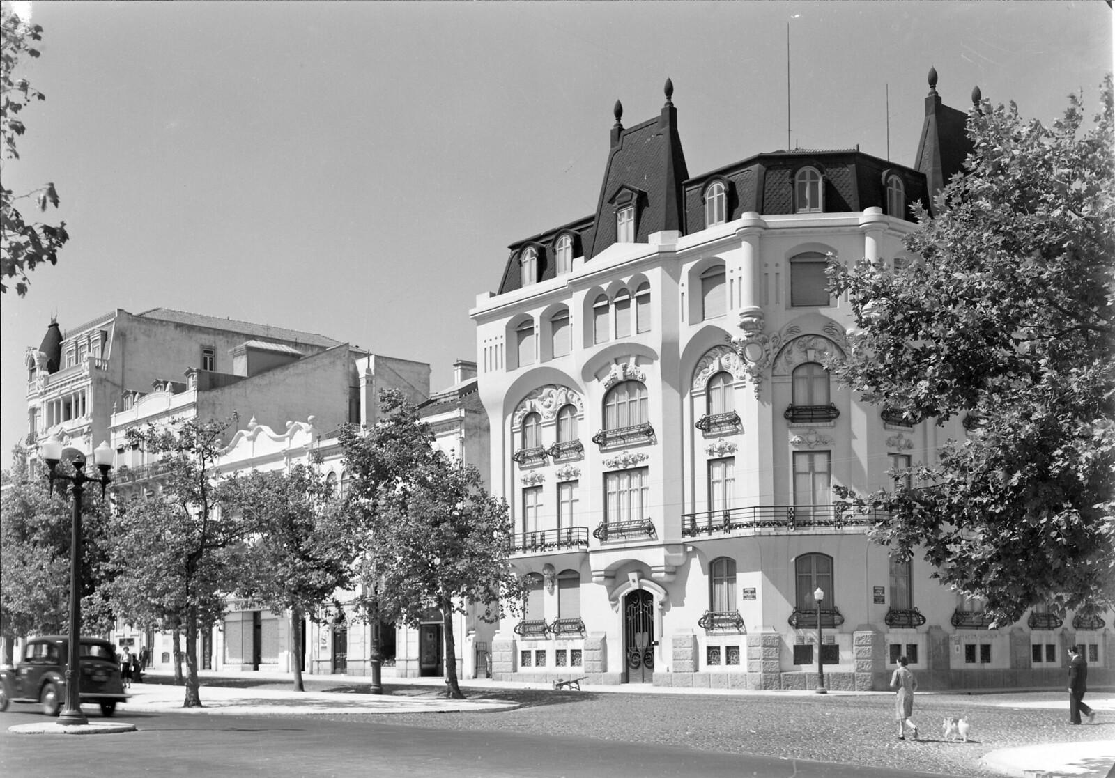Av. da República, Lisboa (M. Novais, 194…)