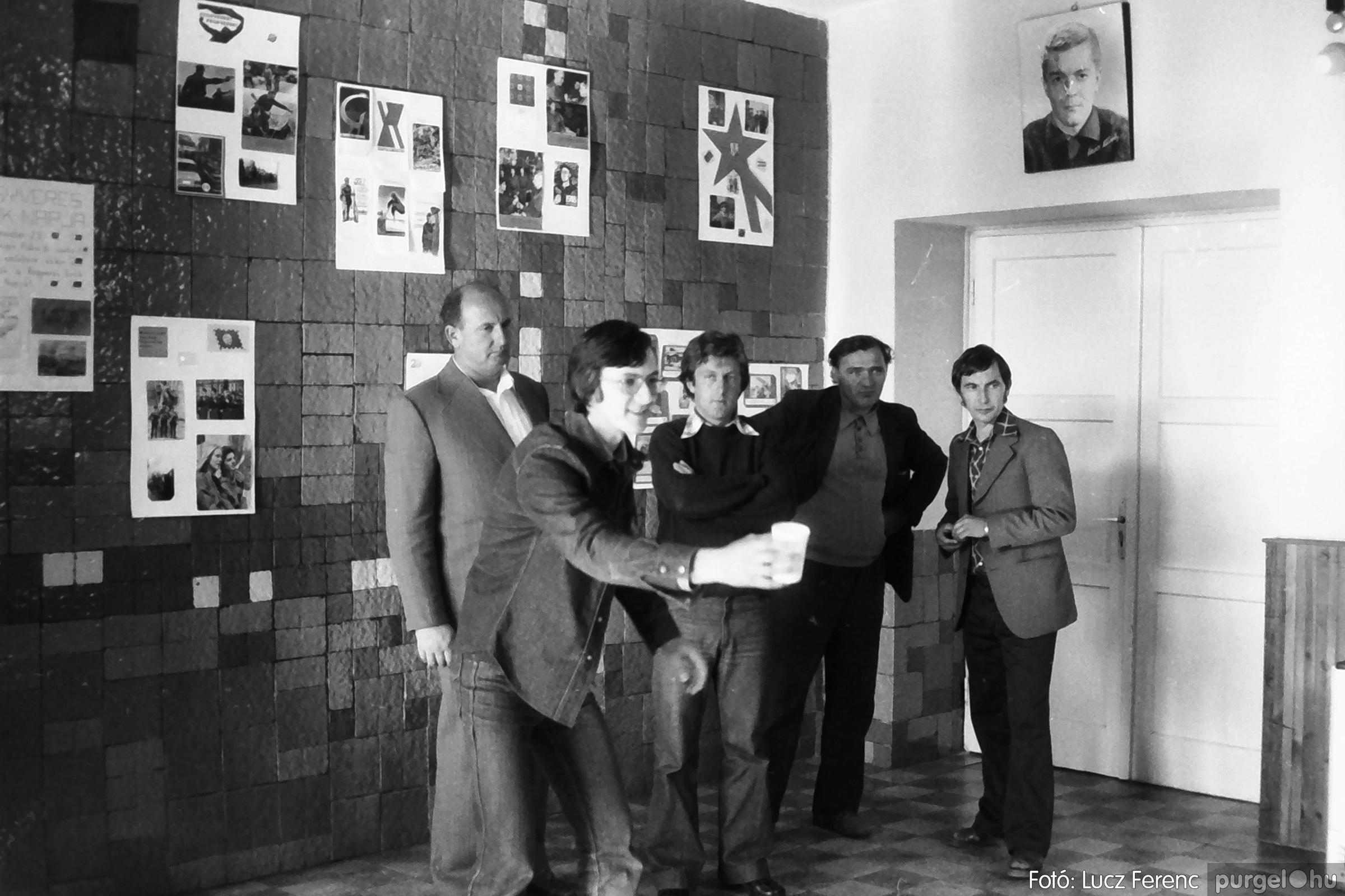 090. 1977. Puskin TSZ szocialista brigád vetélkedője 002. - Fotó: Lucz Ferenc.jpg