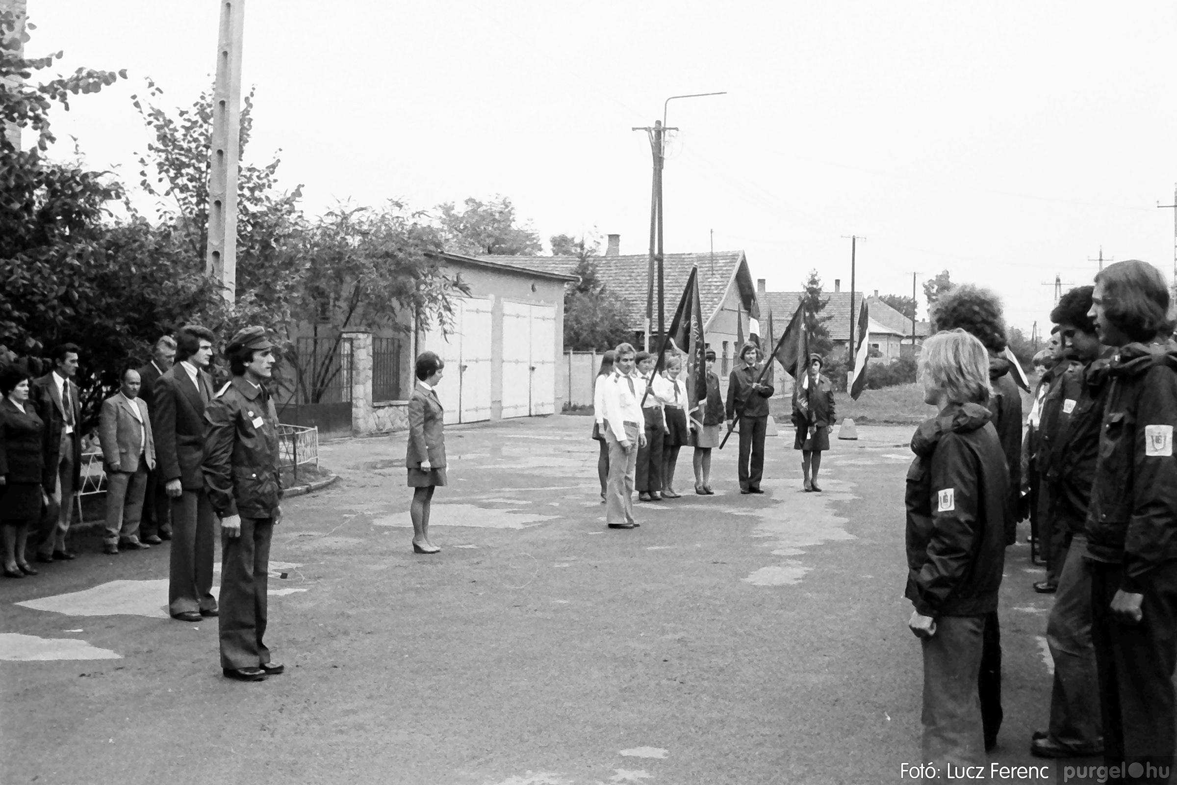 090. 1977. Úttörő gárda - ifjú gárda seregszemle 015. - Fotó: Lucz Ferenc.jpg