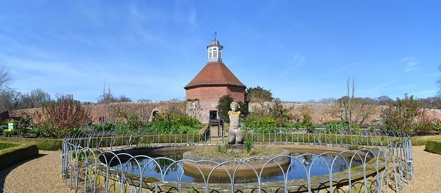 Dovecote & Pond, Felbrigg Hall Walled Garden 2, Panorama. Nikon D3100. DSC_0706-0710.