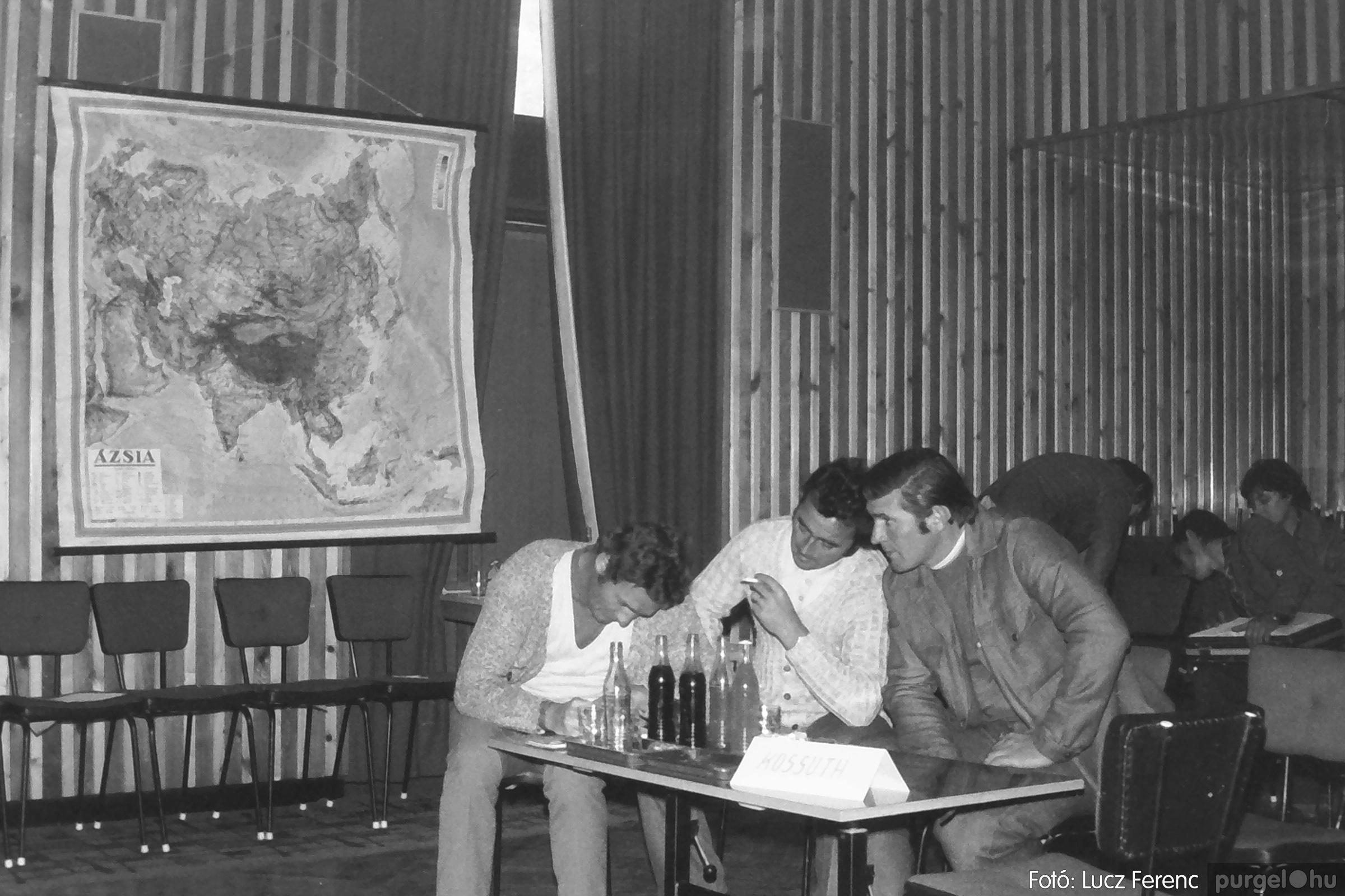 090. 1977. Puskin TSZ szocialista brigád vetélkedője 008. - Fotó: Lucz Ferenc.jpg