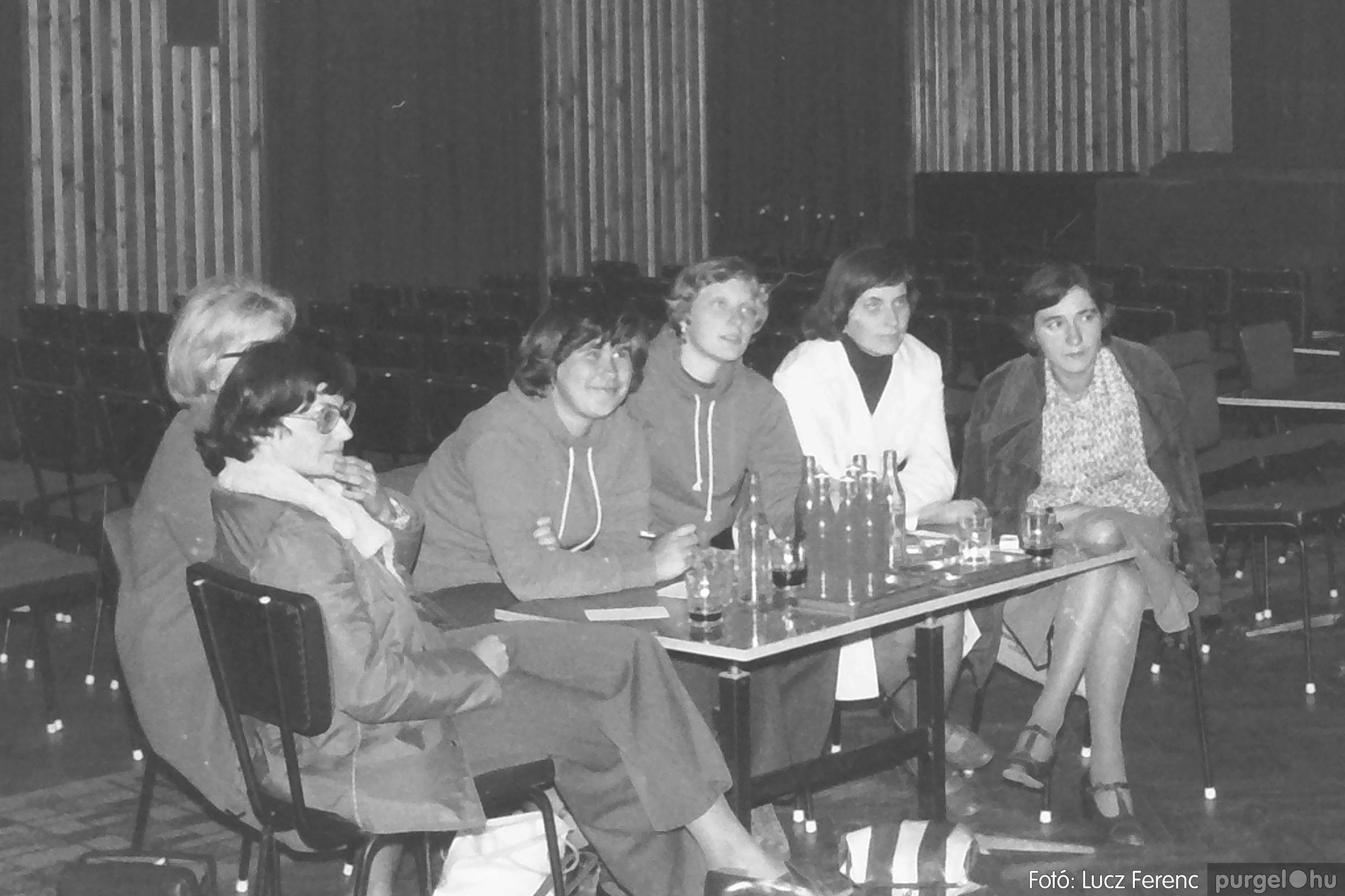 090. 1977. Puskin TSZ szocialista brigád vetélkedője 001. - Fotó: Lucz Ferenc.jpg