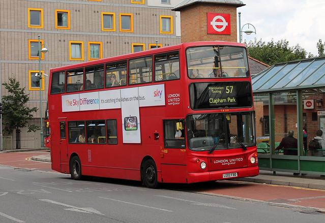 Route 57, London United, TA239, LG02FBD
