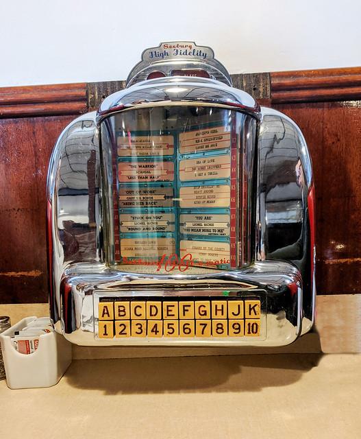 Seeburg Wall-O-Matic 100 Juke Box